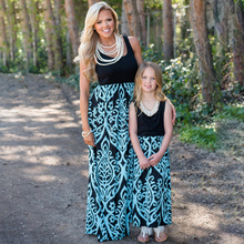Family Look Printed Mother Daughter Dresses Mommy and Me Clothes Mom Mum Mama and Baby Girls Matching Dress Family Outfits недорого