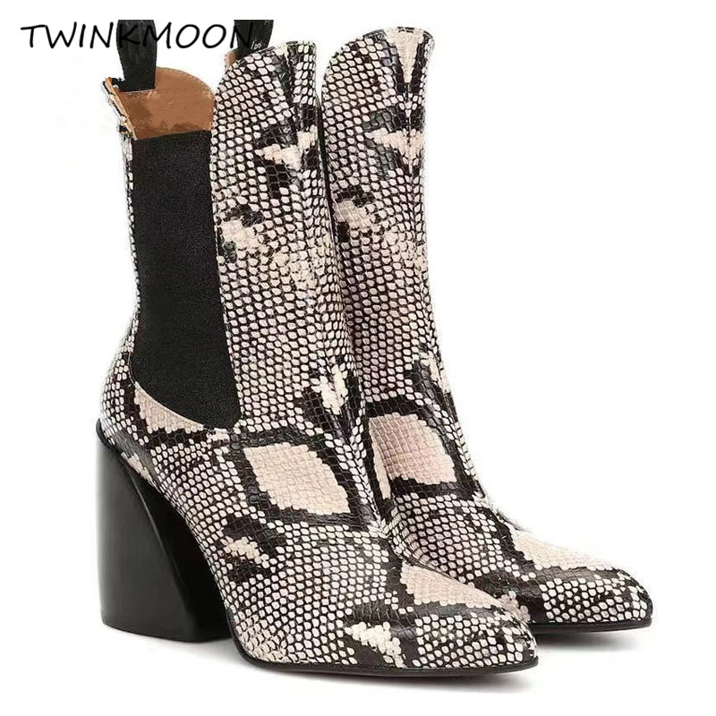 Ankle Boots06