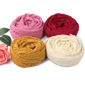 Image 4 - ขายส่ง 10Pcsผ้าพันคอชีฟองนุ่มมาเลเซียHijab Ballผ้าคลุมไหล่ยาวมุสลิมHeadscarf Solid Wraps TurbansอาหรับHeadband