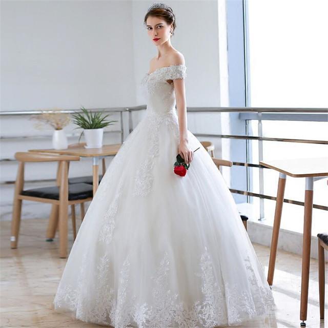 Off Shoulder krótkie rękawy koronkowe aplikacje A-Line suknie ślubne 2020 skromne piętro długość suknie ślubne bandaż wiązanie na pięcie