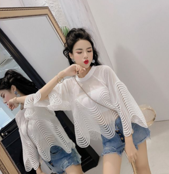 2020 Summer Fashion New Hollow Out Perspective Lace Shirts Wave Stripe Blouse Women Loose Horn Sleeves Short Blouses Tops Femme