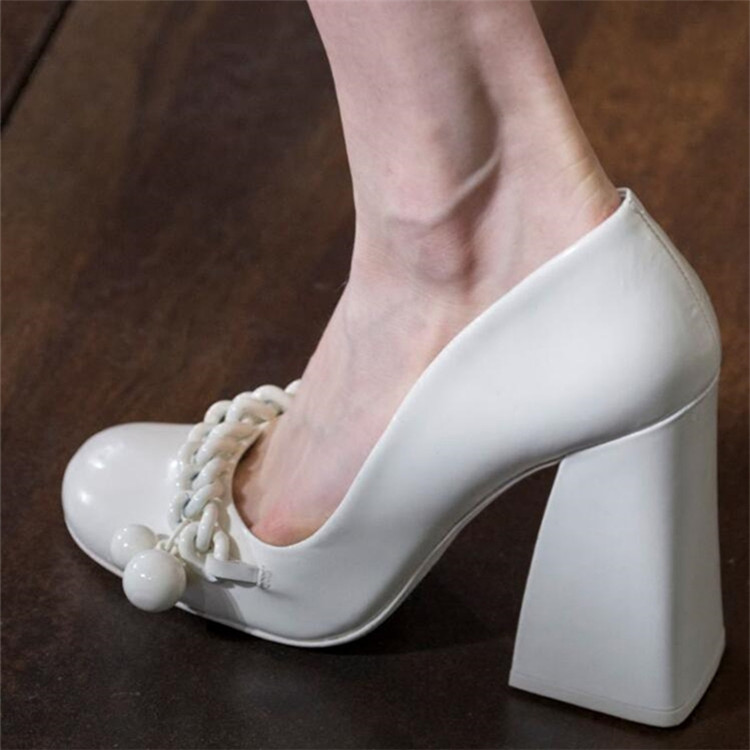 Woman Fashion Chains With Beads Chunky High Heel Patent Leather Pumps Shoes Woman Mary Janes Lolita Black White Slip On Shoes