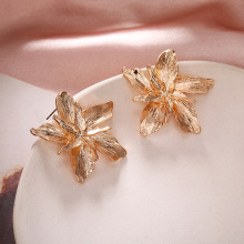 Style, Simple Metal Flower, Three-dimensional Sheet, Petal, Earring and Earring, Female