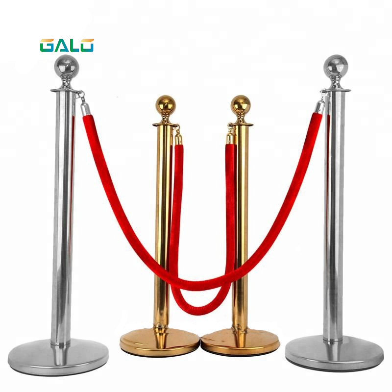 Red Carpet Pole Isolation Belt 1.5M Red Rope Isolation Belt Hotel Post Office Mall Concierge With Gold Rope Railing
