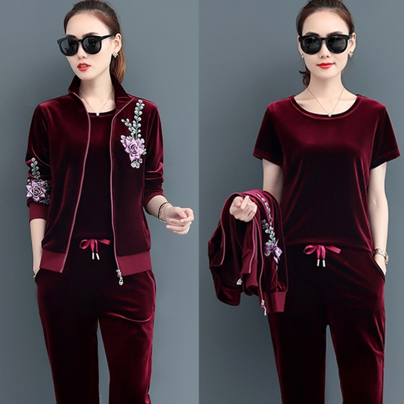 4xl Plus Size Gold Velvet 3 Piece Set Tracksuit Floral Embroidery Coat Short Sleeve T-shirt & Elastic Waist Pants Womens Outfits