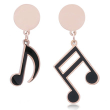 The new 2019 fashionable woman notes earrings black classic fashion boutique eardrop alloy drip