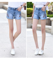 2020 new women's jeans shorts mid-rise stretch slim embroidered flowers denim shorts