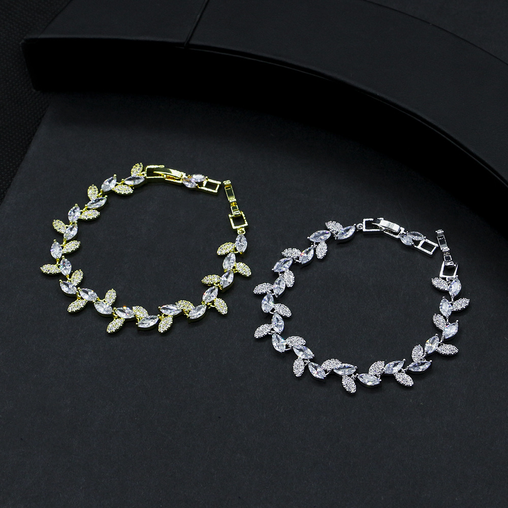 2020 High Quality White Gold Color Women Cubic Zirconia Leaf Shaped Fashion Bridal Wedding Party Jewelry Bracelets