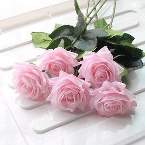 Image 2 - 7 Uds. De rosas de látex con toque Real, tallo de Rama, rosa, decoración de imitación de fieltro, rosas artificiales de silicona, flores para el hogar y la boda