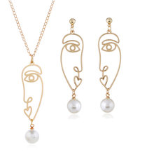 Personality hyperbole abstract face contour earring, hollow facial makeup and ear nail necklace ornament()