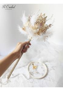 Image 4 - PEORCHID 2020 שרביט כתר יוקרה חתונה זר סיכת תכשיטי זהב עלה נוצת כלה יד מחזיק פרחים מותאם אישית 2020