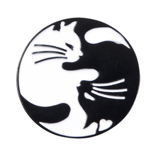 Cute Cats Enamel Pin Black White Hugging Cats Badge Brooch Bag Clothes Lapel pin Cartoon Animal Jewelry Gift for Cat fans Kid фотоаппарат цифровой зеркальный canon eos 200d ef s 18 55 is stm kit white