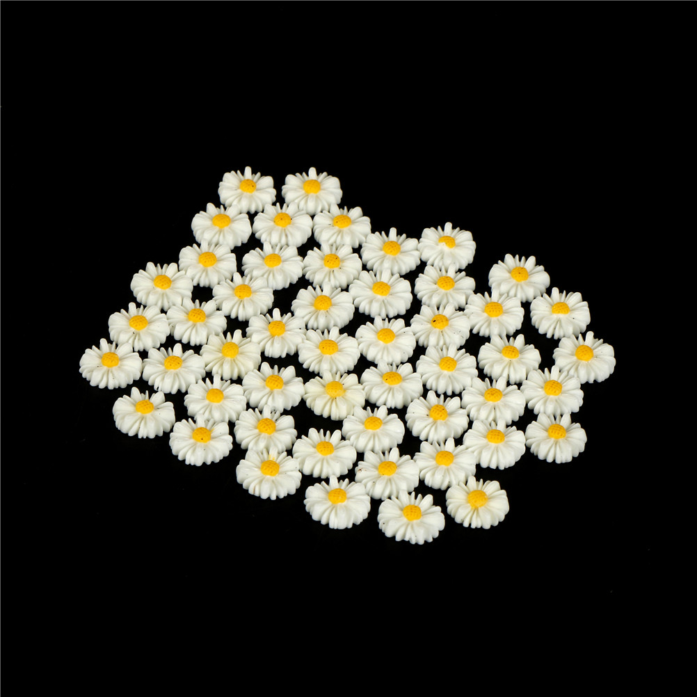 40pcs Resin Flatback Cabochon Daisy Flowers For Crafting//cardmaking White 11mm