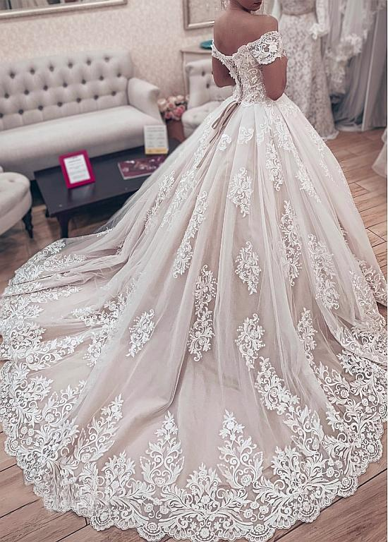 Gorgeous Lace Ball Gown Wedding Dresses 2019 Sweetheart Off The Shoulder Appliques Lace Up Back Muslim Bride Wedding