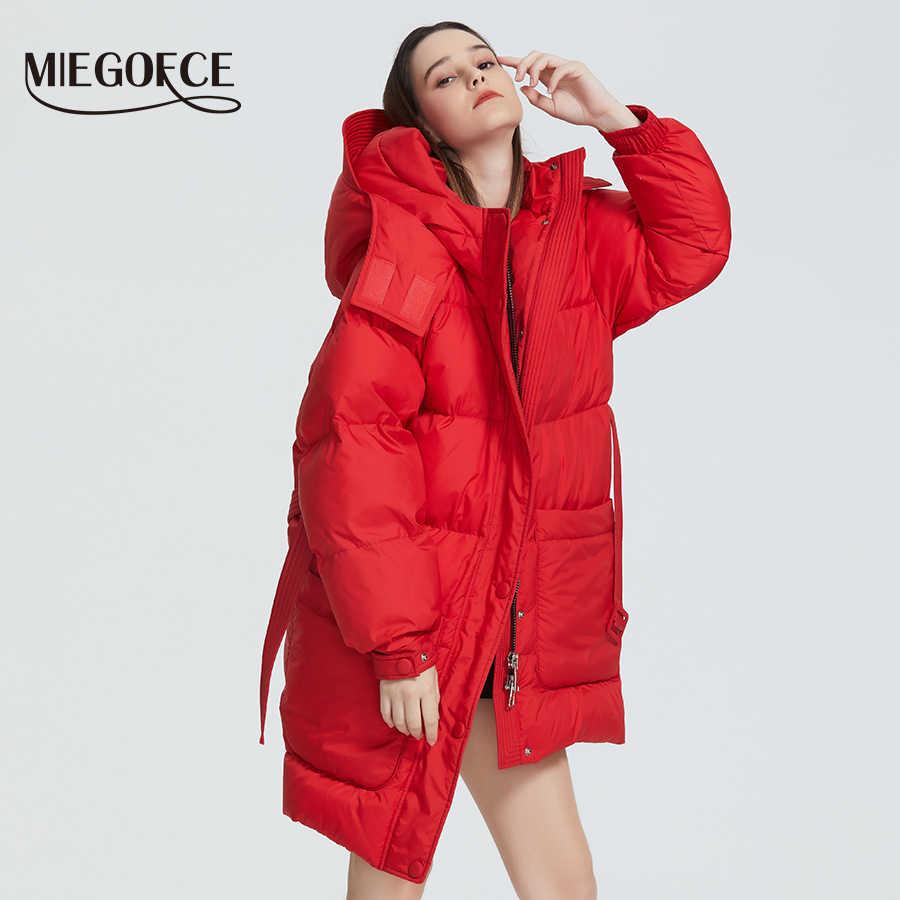 MIEGOFCE 2020 새로운 디자인 겨울 코트 여성 파카는 패치 포켓으로 느슨한 컷을 절연 캐주얼 루스 자켓 스탠드 칼라 후드