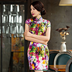 Image 4 - 2019 Summer, New Short High Split Printed Pure Silk Cheongsam Collar Show Thin National Wind Qipao Dress Factory Direct Sale