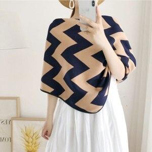 Image 3 - Marca de luxo lenços femininos xadrez sólida cachecol de caxemira presente para senhora borla padrão de amor pashmina echarpe cape xales e envoltórios