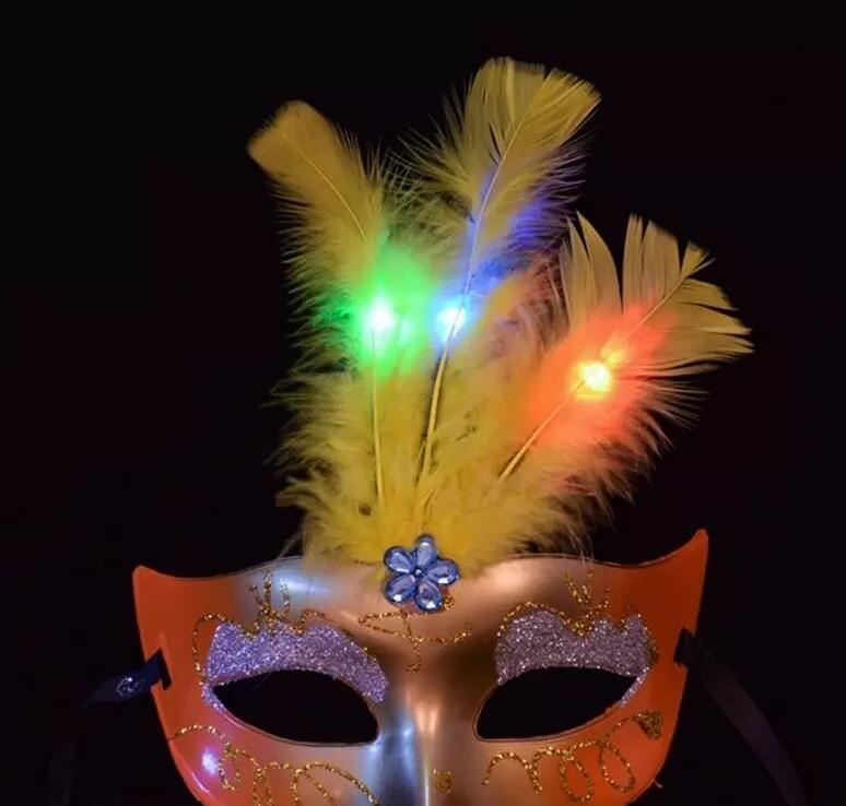 Makeup Dance Masks Luminous Lights LED Fragrance Gold Princess Princess Feather Mask