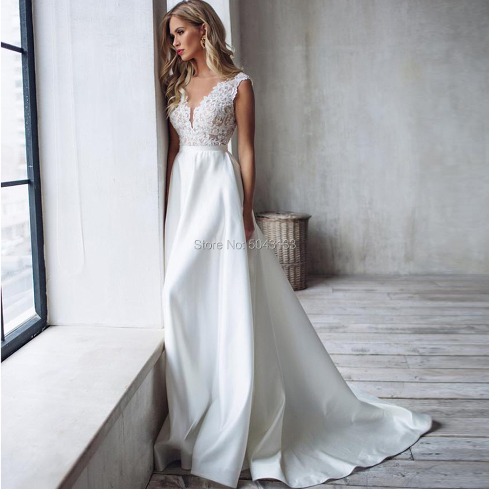 A Line Satin Wedding Dresses 2019 Lace Appliques V Neck Sleeveless Wedding Gowns Court Train Backless Bride Dress