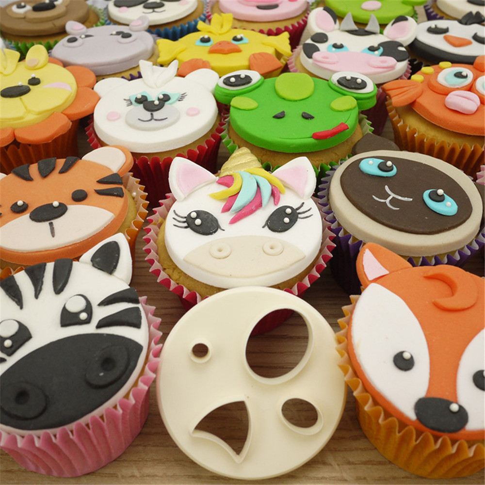 3D Cartoon Tiger Silicone Molds DIY Baby Party Cupcake Topper Fondant Cake Decorating Tools Candy Clay Chocolate Gumpaste Moulds