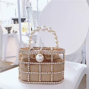 Image 3 - Diamonds Basket Evening Clutch Bags Women 2019 Luxury Hollow Out Preal Beaded Metallic Cage Handbags Ladies Wedding Party Purse