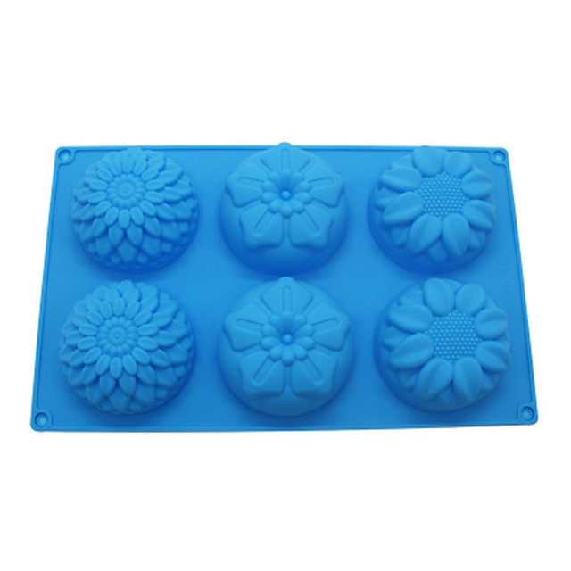 6 Holed Flower Silicone Mold