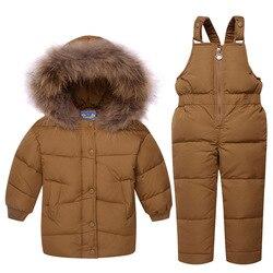 Trajes para niños pequeños al aire libre nuevo bebé traje de nieve para niñas 2 piezas chaqueta gruesa con capucha + Mono de piel caliente collar