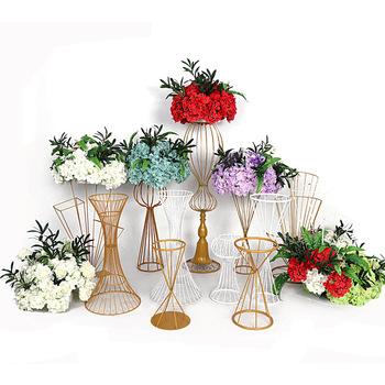 Złoty metal stojak na kwiaty kwiat filar stojak na centralny przewód drogowy na wesele dekoracje na imprezy okolicznościowe tanie i dobre opinie Jednolity kolor Ślub i Zaręczyny