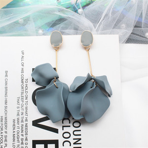 2019 Korea New Design Hot Sale Fashion Jewelry Acrylic Painted Petals Earrings Long Drops Oil Exaggerated Earrings for women