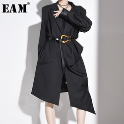 [EAM] Women Black Brief Pleated Big Size Long Trench New Lapel Long Sleeve Loose Fit Windbreaker Fashion Spring 2020 1S24101