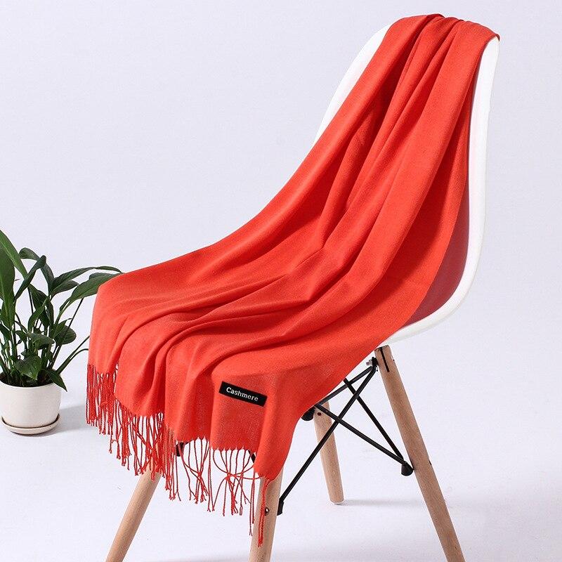 Однотонный кашемировый шарф для женщин новые длинные мягкие шали и палантины пашмины модные хиджаб с кисточками женские шейные шарфы - Цвет: 110g orange red