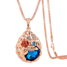 2019 hot style in Europe and America grain product ms crystal necklace pendant