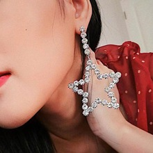 Fashion Shiny Rhinestone Star Pendant Dangle Earrings for Women Jewelry Bohemian Style Ladys Collection Accessories