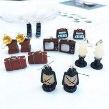 Divertida simulación Vintage electrodoméstico Radio TV resina pendientes personalidad creativa de las mujeres pendiente móvil hecho a mano DIY joyería regalo