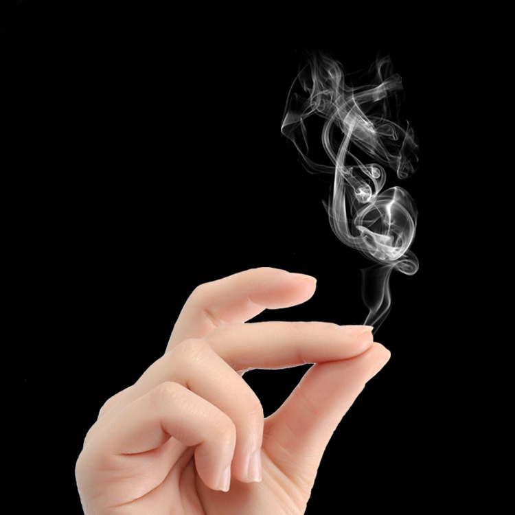1Pc 5*7cm Funny Mysterious Empty Magic Rub Smoke Out Of Smog Raise Point From Finger Tips  Super Cool Play Prop Toy Kids Party