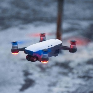 Image 3 - 8pcs החלפת מדחף לdji ניצוץ Drone אביזרי מתקפל 4730 להבי חילוף חלקי 4730F מהיר שחרור אבזרי CW CCW אבזר