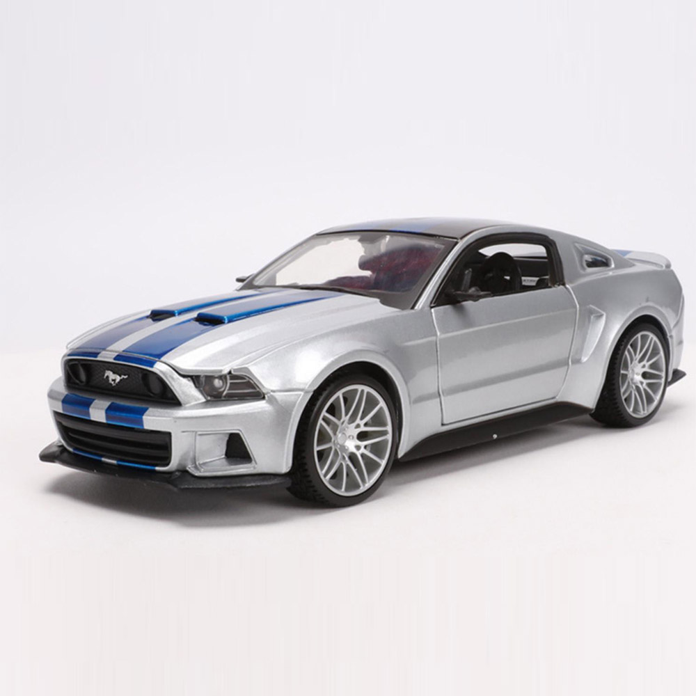 Maisto 1/24 1:24 2014 Ford Mustang Street Racer Sport Racing Car Vehicle Diecast Display Model Toy For Kids Boys Girls