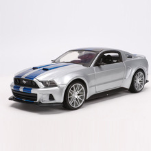 цена на Maisto 1/24 1:24 2014 Ford Mustang Street Racer Sport Racing Car Vehicle Diecast Display Model Toy For Kids Boys Girls