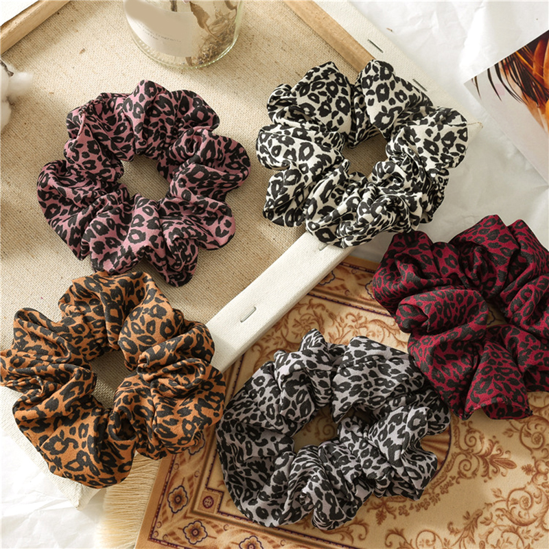 Leopard Printed Hair Tie Fashion Woman Hair Accessories Girls Scrunchie Elastic Hair Rope  Ladies Ponytail Hair Holders Scrunchy