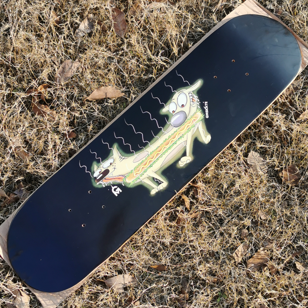 Good Quality Lovely Dogs 7 Plies Of Canadian Maple Epoxy Glue Double Kick Skateboard Deck Professional Level For Adults