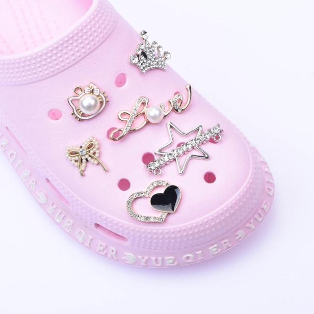 1pcs Shoes Metal Charms Designer Croc JIBZ Accessories Clog Shoe Button Decoration Lovely Little Bear Charm for Croc Shoes
