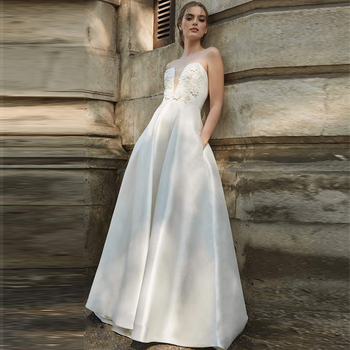 Verngo A Line Wedding Dress Simple Strapless Bride Dress Appliques Flower Stain Wedding Gowns Vestidos De Novia 2020 фото