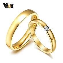 Vnox Einfache Gold Farbe Edelstahl Engagement Ringe für Frauen Männer Elegante Dünne Hochzeit Band Jahrestag Geschenk