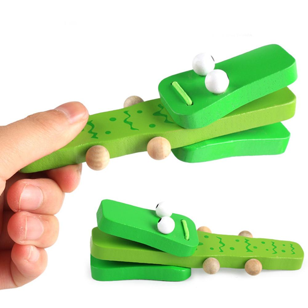 Green Baby Educational Toy Cartoon Crocodile Shape Wooden Castanet Clapper Musical Percussion,1 Pcs