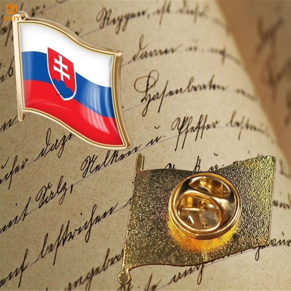Euro Gold Plated Metal Baking Commemorative Badge Slovakia National Flag Brooch Lapel Wear Pin Jewelry Collection