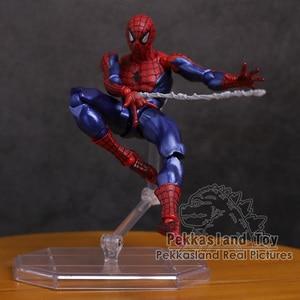 Image 5 - Revoltech seria NO.002 Spiderman / NO.004 Gwen Stacy pająk Gwen pcv figurka Model kolekcjonerski zabawka 15cm