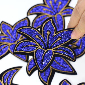 New Arrival Bluelover Flowers Patches Hotfix Iron On Rhinestones Sequin Motifs Embroidery Applique For Women Clothes Patch