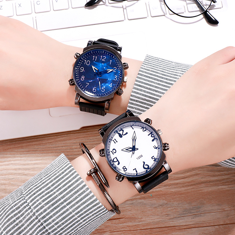 Student Couple Watch Big Dial Men Watches Women Watch Simple Fashion Boy Girl Clock Casual Quartz Atmosphere Lovers Gift Watch
