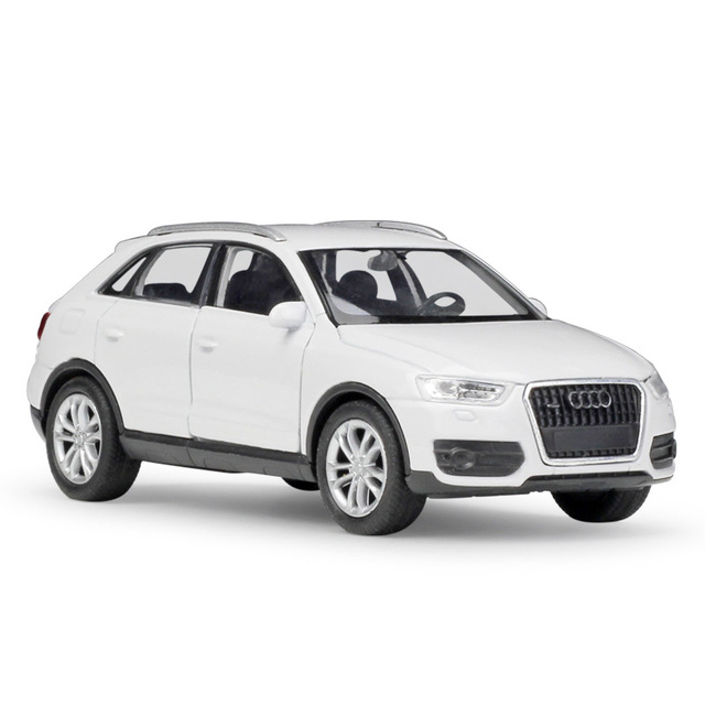 WELLY 1:36 Real Life Metal Model Toy Car Audi Q3 SUV Classic Alloy Diecast Vehicle Pull Back Cars Toys Collection For Kids GiftDiecasts & Toy Vehicles
