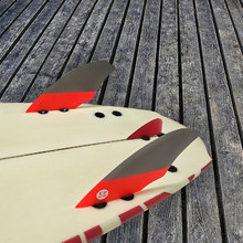 UP-surf matching Gray with Red color fin with Knubster Centre Kneel Fin Surf fins FCS Keel Fin Surfboard finsin surfing